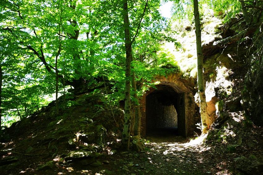 tunnel-menerots.geo_